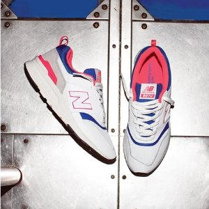 15% Off + Free ShippingNew Balance Sitewide Sale