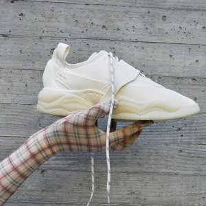 $385 百搭款 数量有限OAMC x Adidas originals 合作款厚底复古运动鞋 不想撞鞋星人