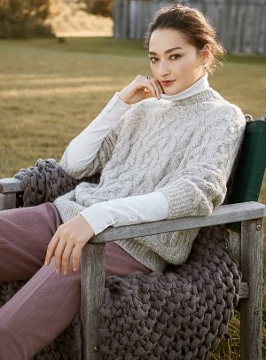 Twisted-cable mock-neck sweater   Contemporaine