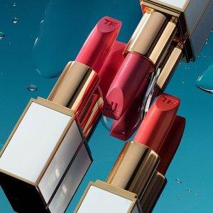 10% Off + Free GiftsBloomingdale's Tom Ford Beauty Sale