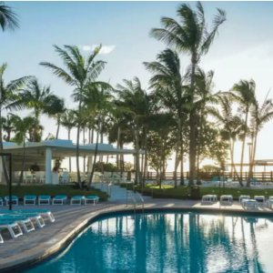 Start From $323/person3-Night Miami Beach Getaway w/Air, Hotel & Breakfast
