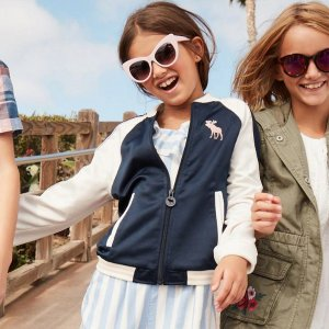 Ending Soon: Extra 20% Off + $20 Off $100Kids Clearance @ abercrombie kids