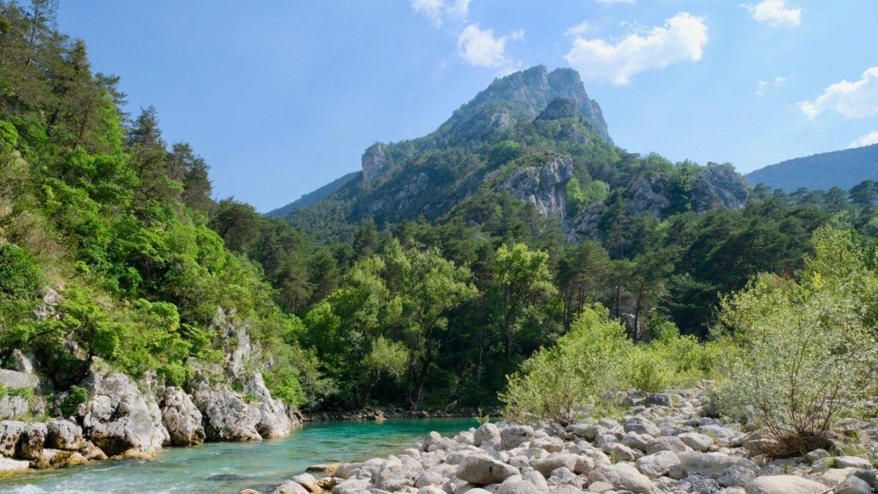 法国最美峡谷TOP10推荐,夏天旅游必去地,风景优美又避暑!