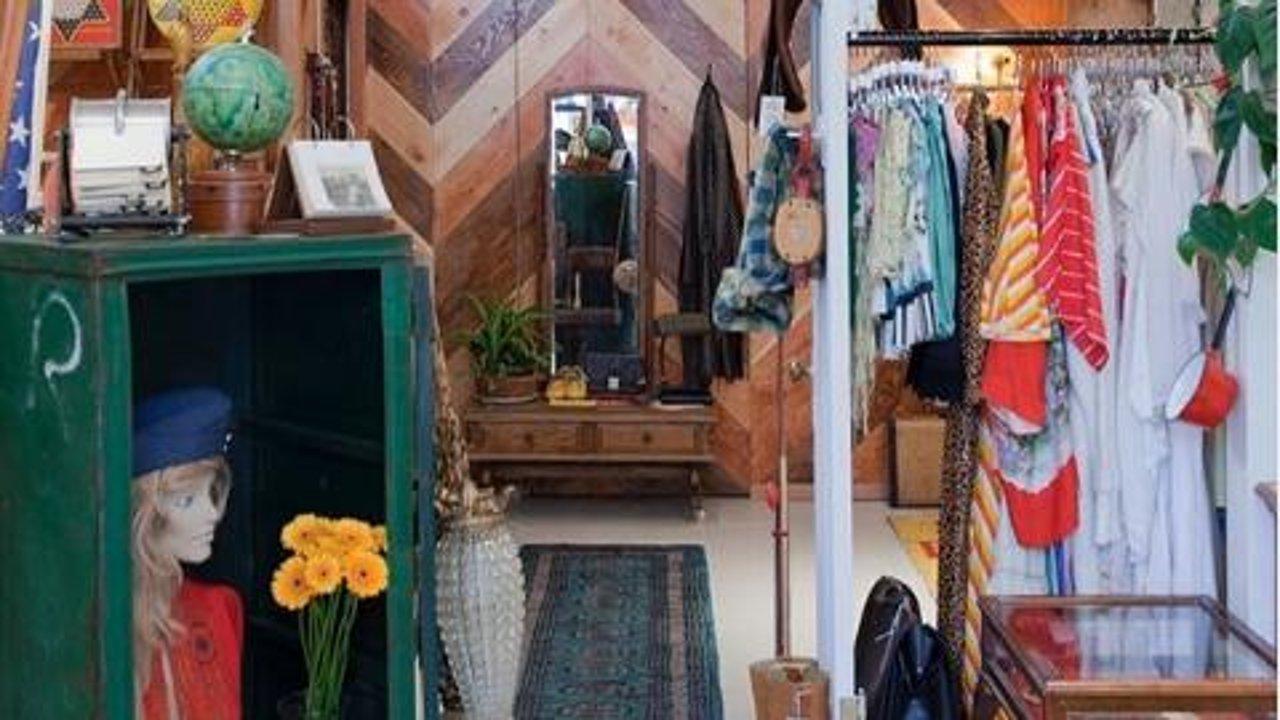 温哥华古着 | 5个宝藏Vintage Stores,时尚就是个大轮回