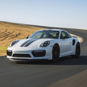 """""""两面派"""" 极品超跑全新 2018 Porsche 911 Carrera  双门跑车"""