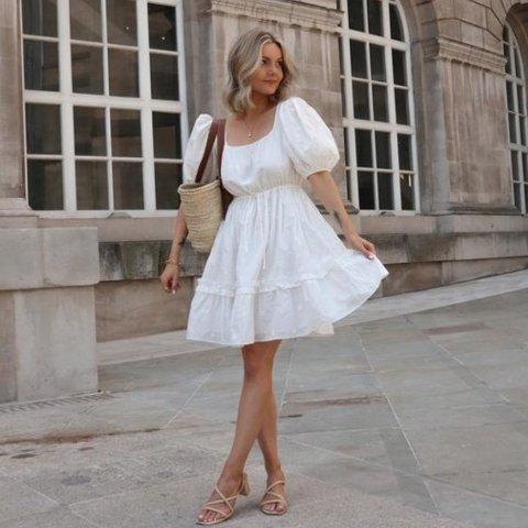 白色娃娃裙