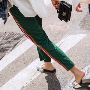 低至4折  收时髦条纹裤Rebecca Minkof 连衣裙,小皮衣,图案卫衣热卖
