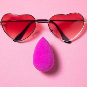 20% off + extra 10% OffLookfantastic offers BeautyBlender & Pixi Sale
