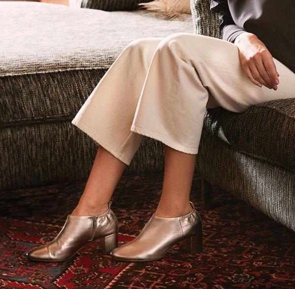 Cayuta 银色踝靴