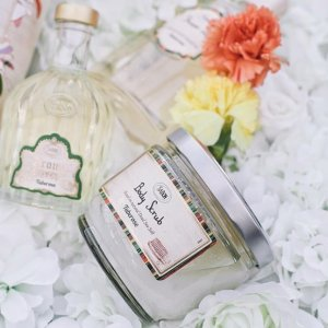 Free GiftWith $69 Purchase @ Sabon