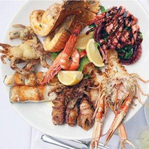 团购价$159  海滨美景随你赏RedBalloon 悉尼最棒海鲜餐厅 双人海鲜套餐