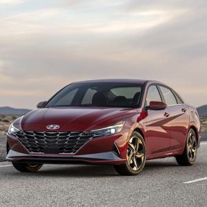 全新设计 混动登场2021 Hyundai Elantra 新款轿车上市