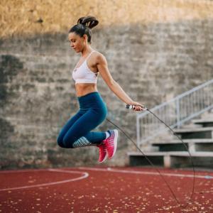 折后€11 跳绳瘦全身!multifun 计数跳绳 显示体重、跳跃次数、运动时间、卡路里消耗