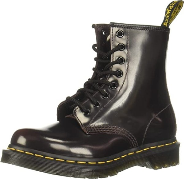 亮面马丁靴