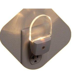 封面节能小夜灯2个$8.99Safety 1st 宝宝安全小物件热卖  $2.88收插座保护罩24个