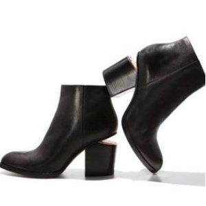 满$200立减$50Alexander Wang 美鞋热卖,经典断根美靴等你收