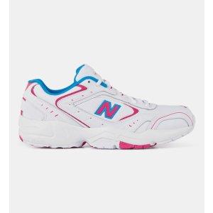 New Balance撞色运动鞋