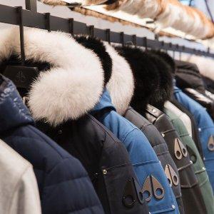 低至3折 爆款拼接卫衣$74.4Saks Fifth Avenue 男士秋冬外套热卖 收Moose Knuckles