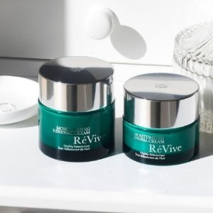 August GWPRevive Skincare Products Hot Sale