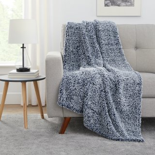 $8.88Mainstays Extra Plush Lightweight Sherpa Throw Blanket