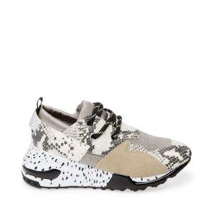 动物纹运动鞋