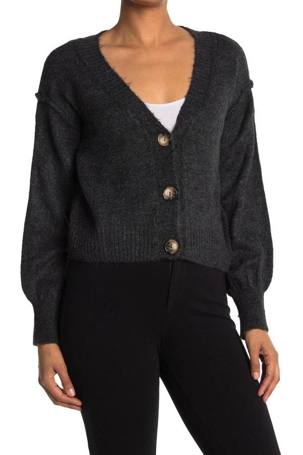 Courtney Button 毛衣