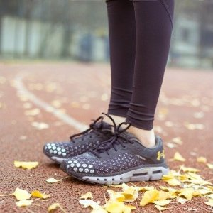 低至5折 €38收运动鞋Under Armour官网 冬季大促运动鞋专区 时尚与专业的结合