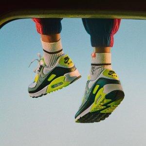4折起+折上8折 €14收LogoT恤Nike 折扣看这里 经典款 热门色都能淘到超低价