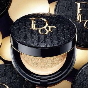 仅£48+送2香水+免邮!Dior老花气垫发售!最新款!色号全+手慢无!