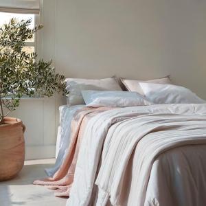 低至5.4折 枕套2件套$25Nordstrom  简约高级感床品 流苏毛毯$32.9 圆形针织抱枕$39.9