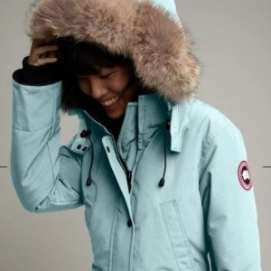 $950Canada Goose New Arrival