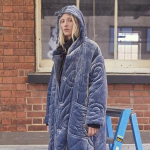 全场4-6折 €188收纯棉衬衫法国打折季2021:Vivienne Westwood 全场热卖 上乘材料超亲肤