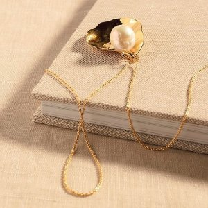 新款小土星8折+包邮英国小众首饰   小众饰品、轻奢首饰品牌推荐、折扣汇总