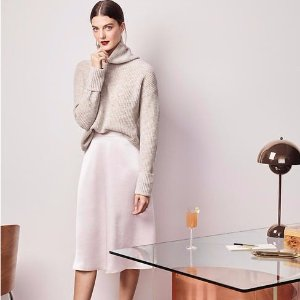 Extra 70% Off Sales + 40% Off Full-priced Items @ Ann Taylor