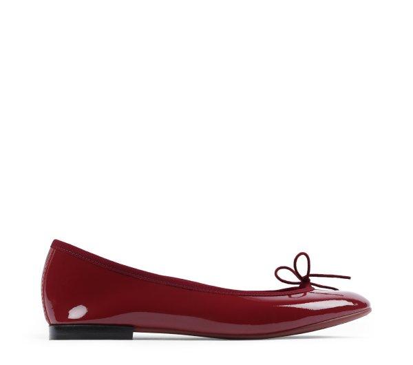 红色芭蕾舞鞋