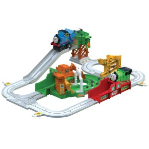 史低价:Thomas 小火车 + 轨道套装,带动力小火车
