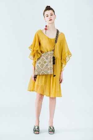 黄色金丝桃连衣裙
