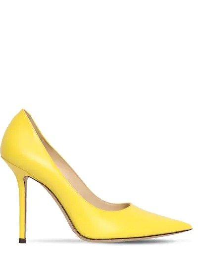亮黄色高跟鞋