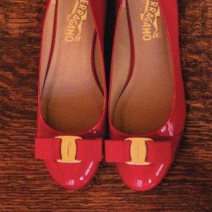 低至5折 $279起收蝴蝶结芭蕾鞋Rue La La 菲拉格慕 美鞋热卖 多款经典蝴蝶结芭蕾都参加