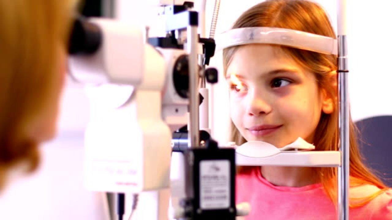 美国儿童检查视力注意事项有哪些?几岁开始检查?如何准备?