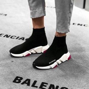 低至5折+免邮Balenciaga 秋冬热卖,Triple S老爹鞋$584