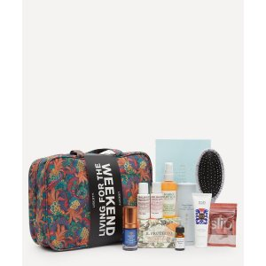 Living for the Weekend Beauty Kit