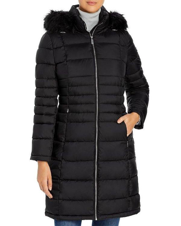 Hooded Faux Fur 外套
