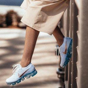 第二件5折Famous Footwear 精选男女运动鞋履热卖