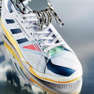 Nike X Undercover联名运动鞋$350Ssense 潮牌大上新 FG、Adidas新季上线 T恤$40起