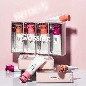 颜值实力并存 新手巨友好的小众彩妆Glossier 美妆热门推荐 北美小清新为什么能火遍Ins社交圈
