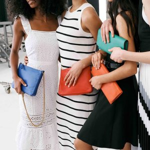 Up to 40% Off must-have + Extra 40% Offsale item @ Banana Republic