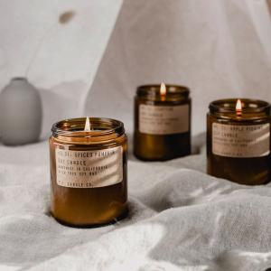 4折起 £15收柚木烟草、琥珀苔藓P.F. Candle 来自美国的手工小众香薰蜡烛、室内香薰热卖