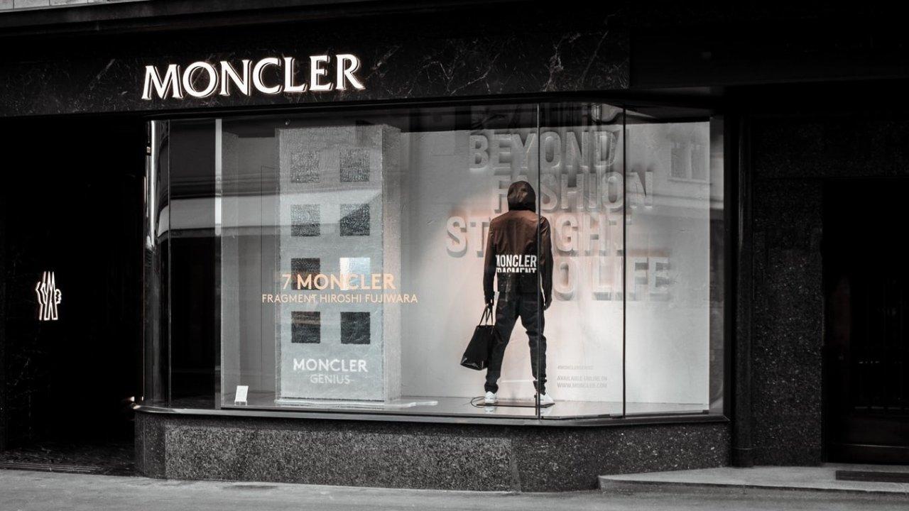 Moncler羽绒服怎么选?Moncler购买攻略——尺码、型号大起底!