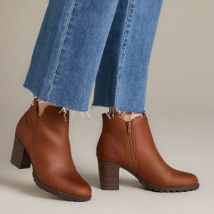 Clarks 女士 Verona Trish 高跟靴 6折特价 码数全